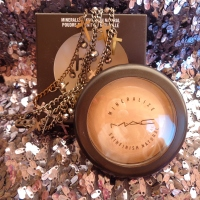 Review: Mineralize Skinfinish Natural M.A.C