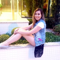 Look Total Jeans: Colete Jeans com Patches