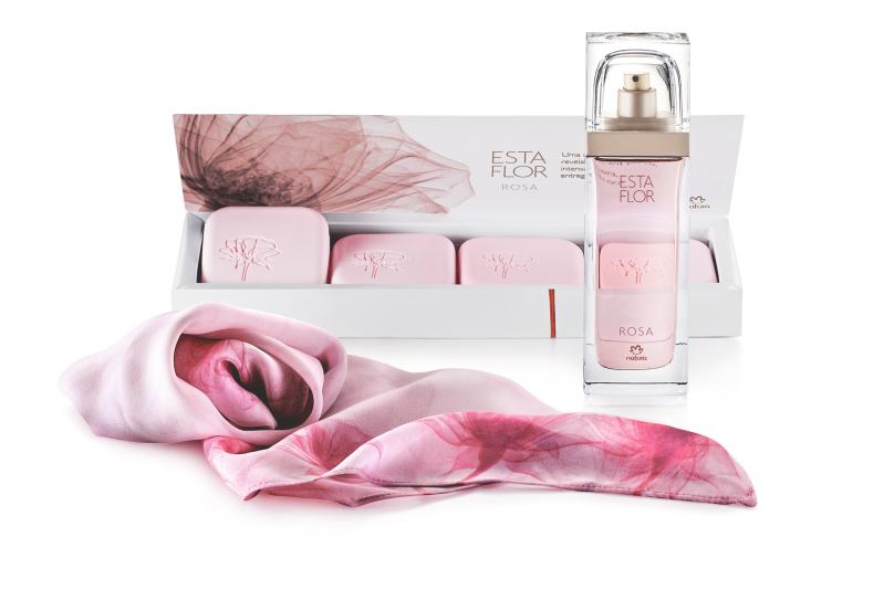 dia das mães_presente esta flor rosa com lenço_still sem caixa_março 16