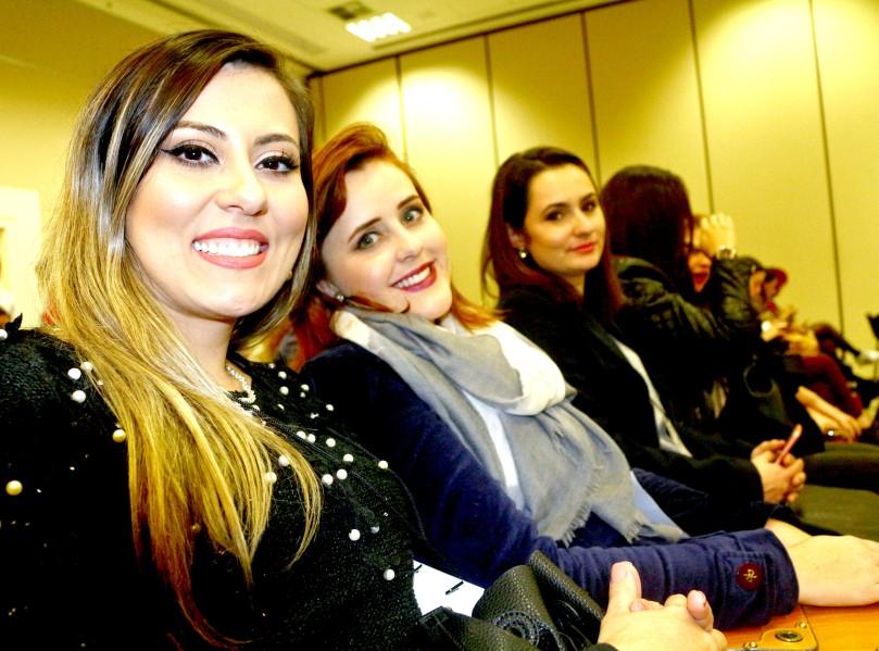 Ju, Nathalia Kummrow e Katiely Coutinho